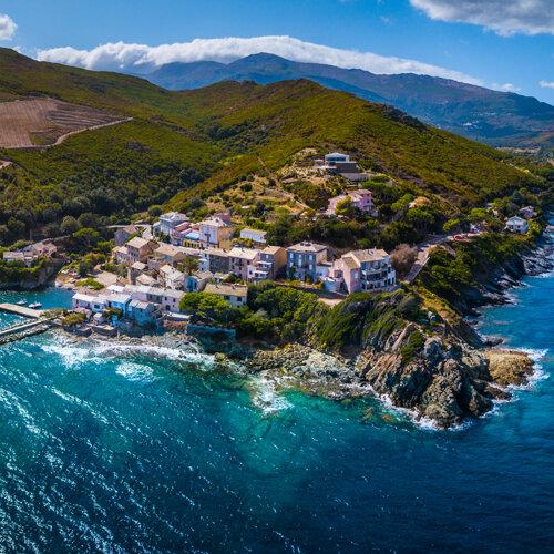 Exceptionnelle Corse : du Nord au Sud par les airs
