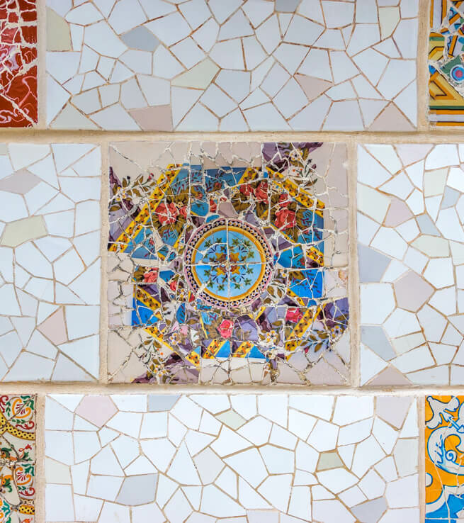 Parenthèse arty dans un appartement signé Gaudi